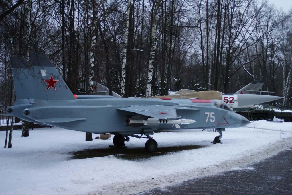 Як-141. Палубный истребитель.
