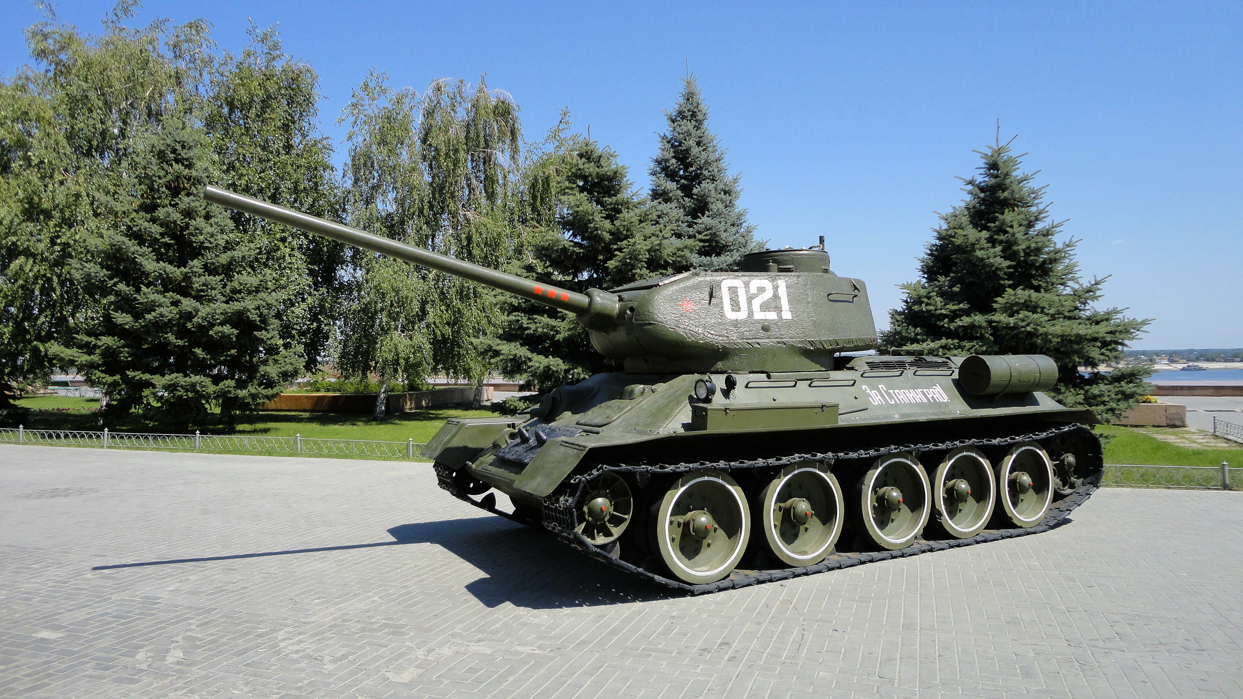 T-34-85_2.jpg