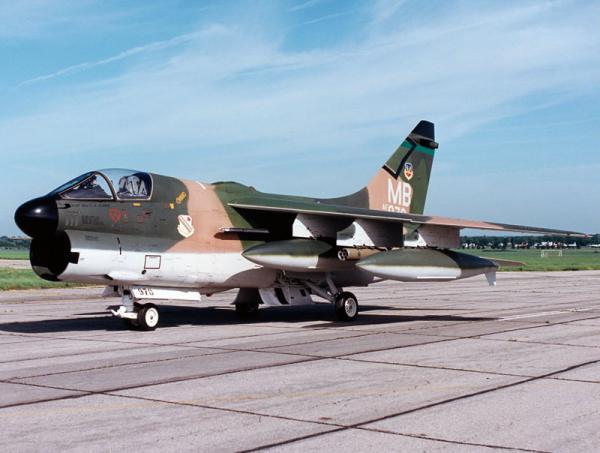 A 7 Corsair II 2
