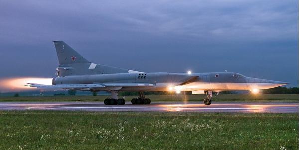 Ту-22М. Ракетоносец-бомбардировщик. (СССР)