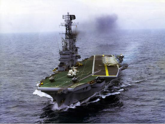 ARA Veinticinco de Mayo (V-2) - авианосец ВМС Аргентины.