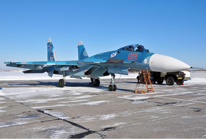 Су-33. Палубный истребитель. (Россия)
