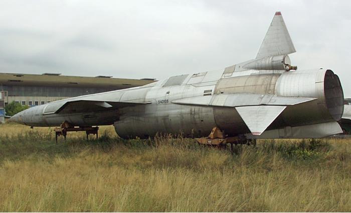 Ту-123 «Ястреб» - Cверхзвуковой дальний беспилотный разведчик. (СССР)