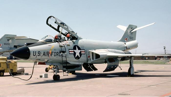 F-101 Voodoo. Истребитель-перехватчик. (США)