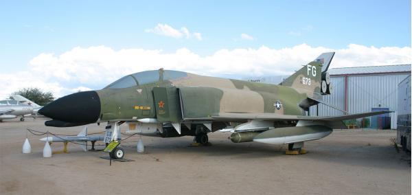 F-4 Phantom II. Многоцелевой истребитель. (США)