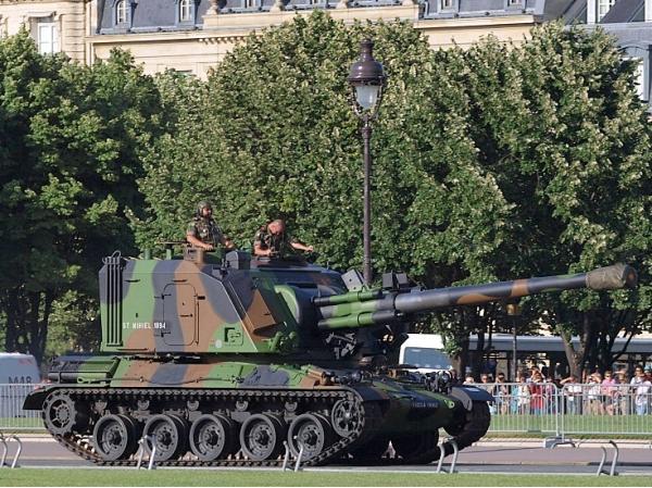 AMX-30 AuF.1. САУ. (Франция)