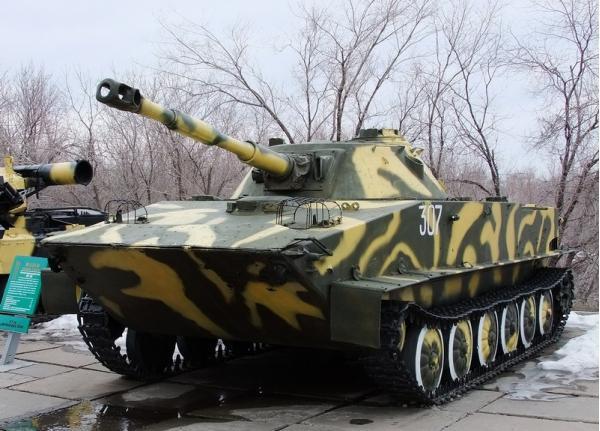 ПТ-76. Легкий плавающий танк. (СССР)