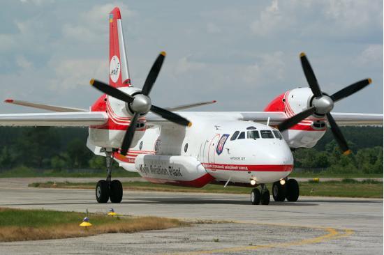 Ан-32. Транспортный самолет. (СССР-Украина)