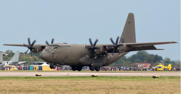 Lockheed C-130 Hercules. Трансортный самолет. (США)